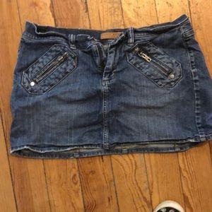 Jean mini skirt with zipper pockets